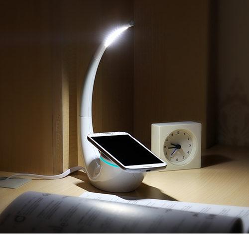 NILLKIN Настольная светодиодная лампа светильник 2 в 1 с беспроводным зарядным устройством