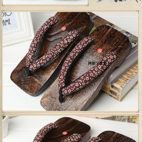 Японские деревянные сандалии гэта