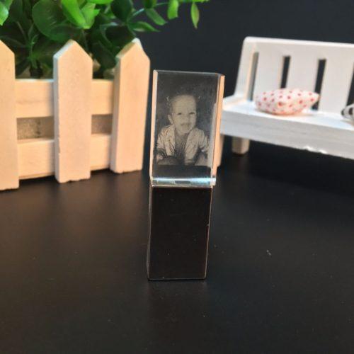 USB флеш-накопитель флешка светящаяся с объемным 3D логотипом или фотографией на заказ 8/16/32/64 ГБ