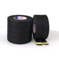 Черная изолента на тканевой основе для автомобиля