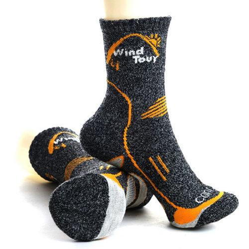 Мужские носки из материала Coolmax для занятий спортом и активного отдыха