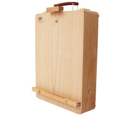 Мольберт-коробка для художественных принадлежностей