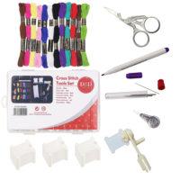 Набор инструментов для вышивания (нитки мулине, ножницы, иглы, катушка и бобинки, нитевдеватель, водорастворимый маркер)