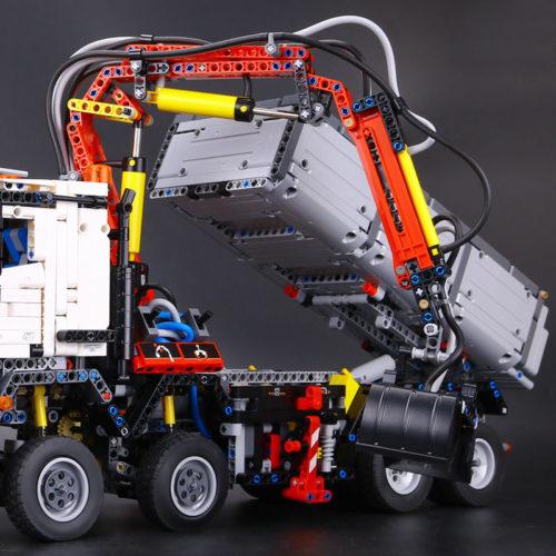 Конструктор Lepin Technics 20005 Mercedes-Benz Arocs 3245 деталей