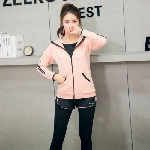 Спортивный женский комплект (толстовка с капюшоном, футболка, шорты, леггинсы, жилет и короткий топ)