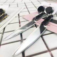 Серьги-гвоздики с ножами