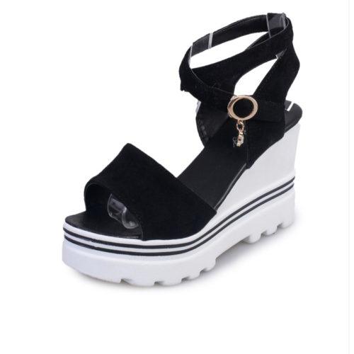 Женские босоножки-туфли на танкетке с плоской подошвой (черные, красные, белые)