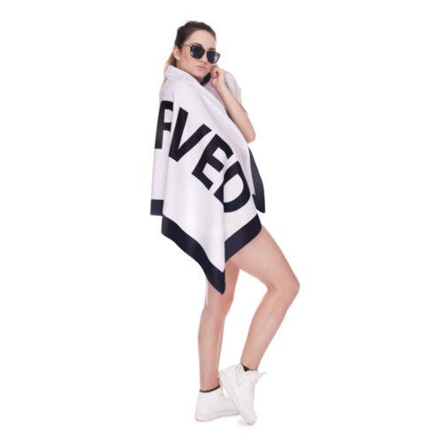 Пляжное полотенце с надписью Reserved (зарезервировано)