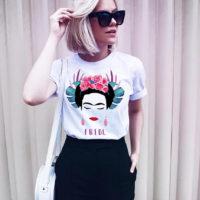 Женская белая футболка с Фридой Кало