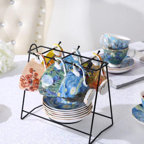 Керамические чашки, блюдца и ложки с картинами Ван Гога