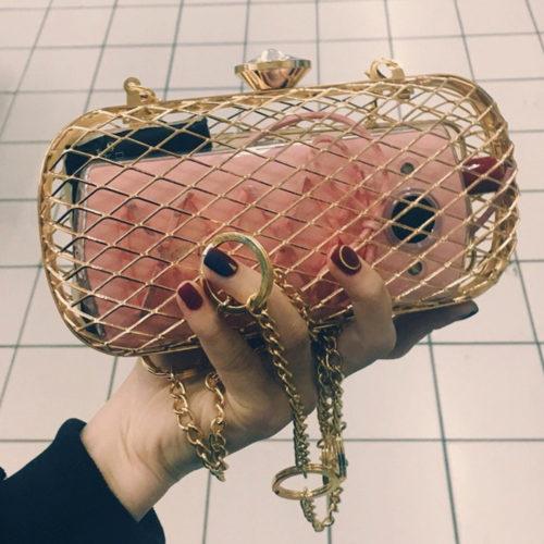 Металлическая женская сумка клатч клетка на цепочке
