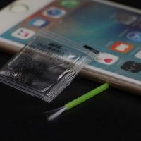 Жидкость для лучшего приклеивания защитного стекла на смартфон