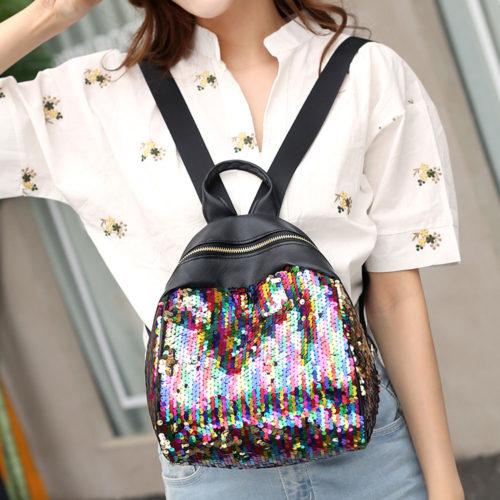 Женский черный небольшой кожаный мягкий рюкзак с пайетками