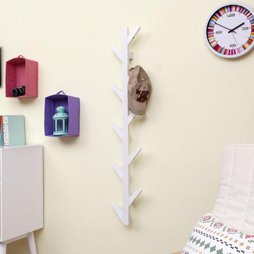 Деревянная настенная вешалка для головных уборов и сумок