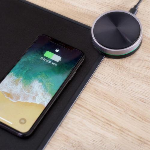 Коврик для мыши Xiaomi с встроенной беспроводной зарядкой