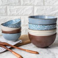 Керамические японские чаши и ложки