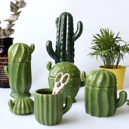 Керамические шкатулка баночки с крышками в виде зеленых кактусов