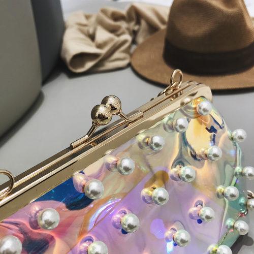 Прозрачная ПВХ сумка клатч с жемчужными бусинами на цепочке