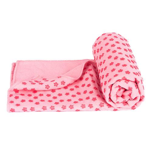 Мягкий коврик-полотенце для занятий фитнесом или йогой с антискользящей поверхностью с одной стороны