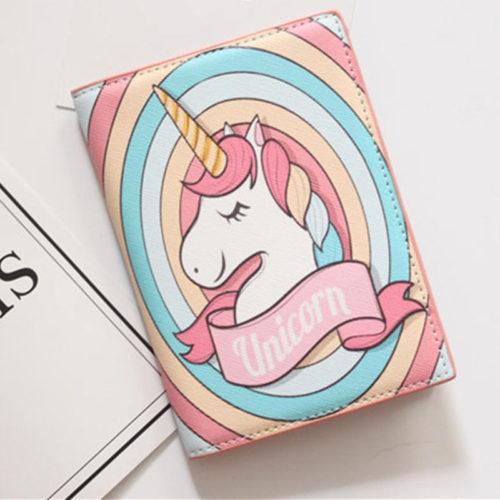 Обложка на паспорт с рисунком единорогов
