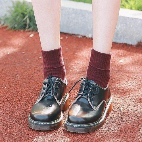 Женские носки с вышивкой молнии сзади