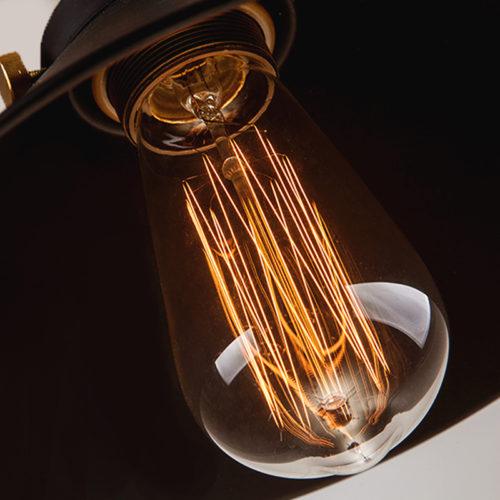 Винтажный подвесной светильник с черным абажуром в стиле лофт