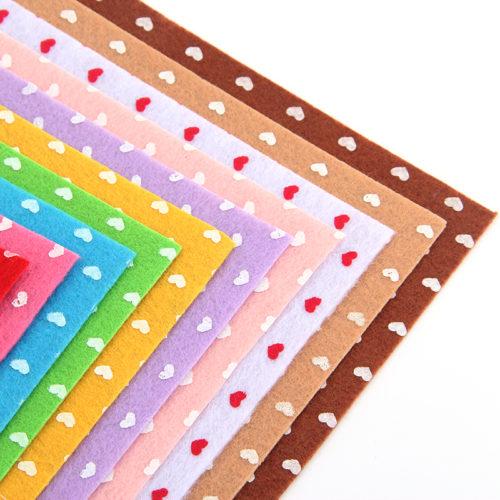 Фетр с сердечками 10 шт. по 15 x 15 см