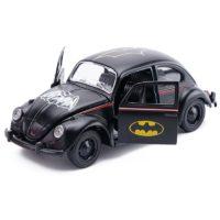Металлическая фигурка машинка Бэтмобиль VW Beetle 1:36