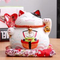 Манэки-нэко декоративные японские кошки-талисманы фигурки на удачу
