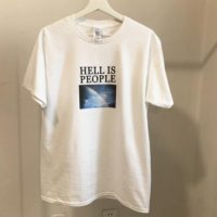 Женская белая или черная футболка с надписью Hell is people