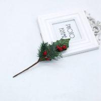 Искусственные веточки с красными ягодами, листочками и сосновыми иголками для DIY поделок, новогодних венков