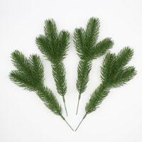Набор искусственных еловых веточек 10 шт. для DIY поделок, новогодних венков
