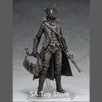 Фигурка Охотника из игры Bloodborne