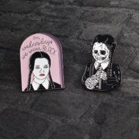 Готические значки броши с Уэнзди Аддамс (Wednesday Addams) из Семейки Аддамс