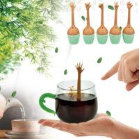 Силиконовый заварник для чая в виде торчащей из воды руки