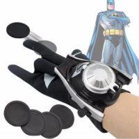 Супергеройская перчатка (стреляет пластиковыми дисками)