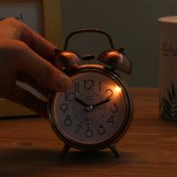 Настольные металлические круглые часы будильник в ретро стиле