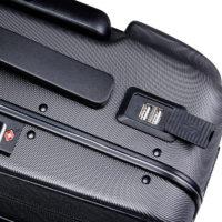 Автоматический смарт чемодан 20″, который едет за путешественником