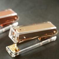 Прозрачный канцелярский степлер (золото, розовое золото) металл + акрил