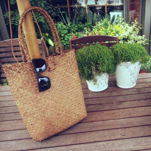 Пляжная соломенная плетеная вместительная сумка на ручках