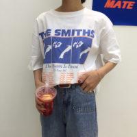 Белая свободная футболка с надписью The Smiths и рисунком