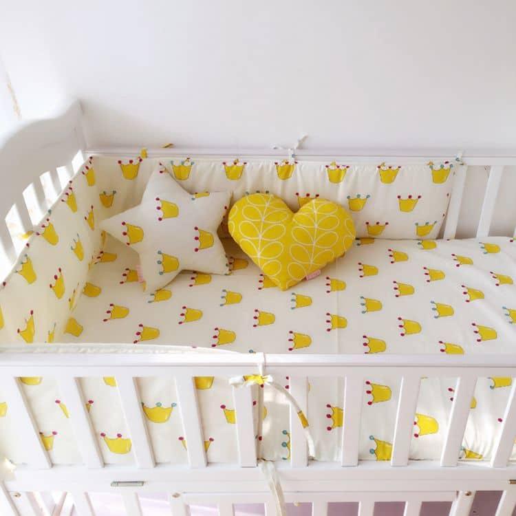 Бампер на кроватку для новорожденных своими руками 1
